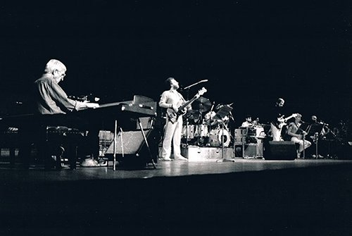 Mo on stage with Gil Evans